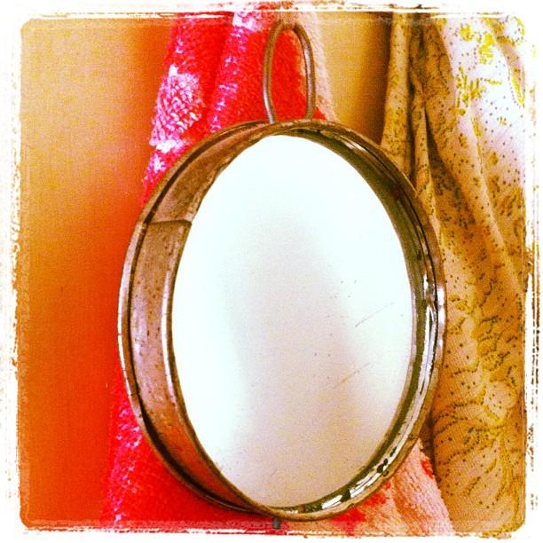 Old hangin' mirror