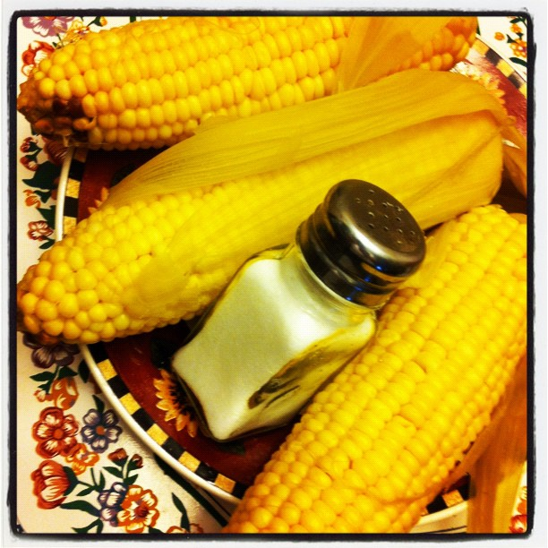 Fresh corn with a pinch of salt, anyone?