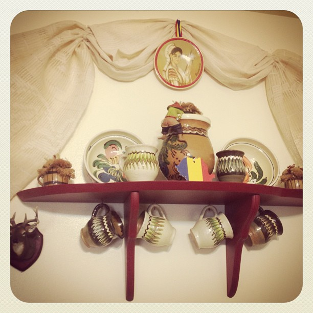 A Romanian little corner in a friend's house in Canada -Part 2