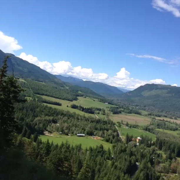 Great lookout at SilverHills.ca (Video)
